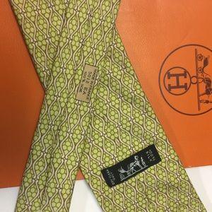 Hermès NeckTie Classic Geometric Pattern 5012